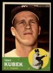 1963 Topps #20   Tony Kubek Front Thumbnail
